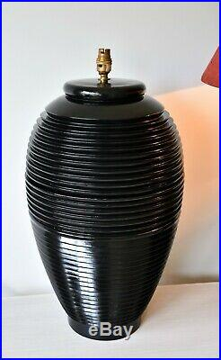A Pair of Stylish Large Beehive Shape Black Lacquer Brass Side Table Hall Lamps