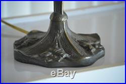 Beautiful Vintage Large Amethyst Slag Glass Tulip Table Lamp