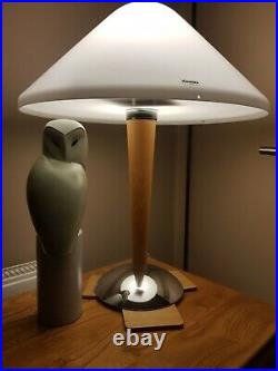 Harvey Guzzini. A large contemporary table lamp