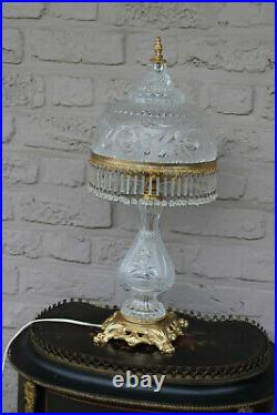 Large French 1960s Crystal glass table lamp drops lion paws brass