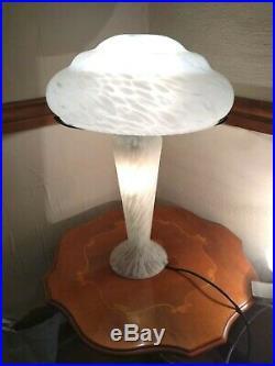 Large Stunning Murano Glass Table Lamp With Mushroom Shade